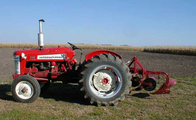 1958 International Tractor : Ih utility tractor for sale