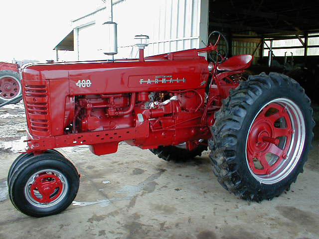 Farmall 400 Tractor : Farmall tractor with power steering for sale