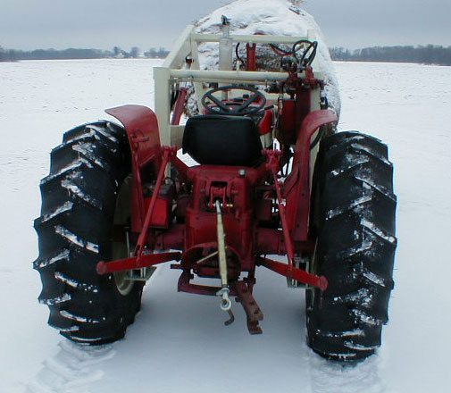 1969 IH International Harvester 444 utility tractor with ...