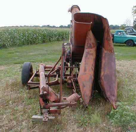 allis chalmers tractors with 051194 Ac Forage Harvester on Allis Chalmers 7060 2wd Beta V1 besides Article 1da9c9aa 47b1 5f54 Bb7f 9ab489622c2c likewise Allis Chalmers B additionally 24486224 further Le Sueur Pioneer Power Show.