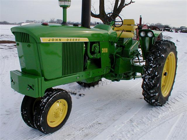 3010 John Deere Fenders : John deere gas tractor with point hitch for sale