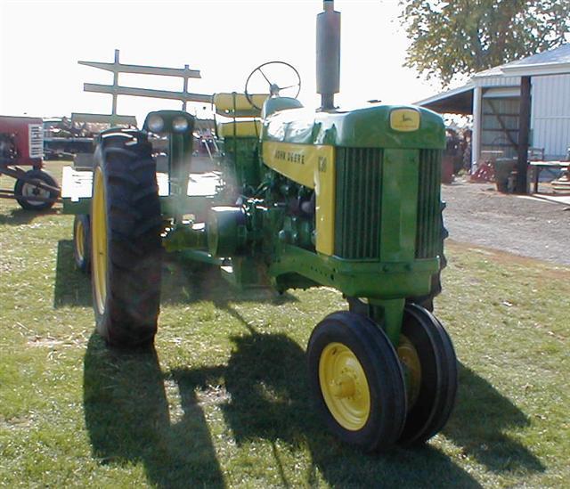 John Deere Front Fenders Frames : Restored john deere gas tractor with flat top fenders
