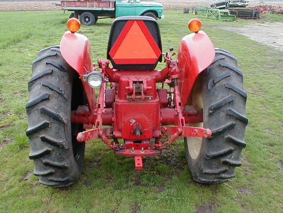 1973 International Tractor : Ih model utility tractor for sale