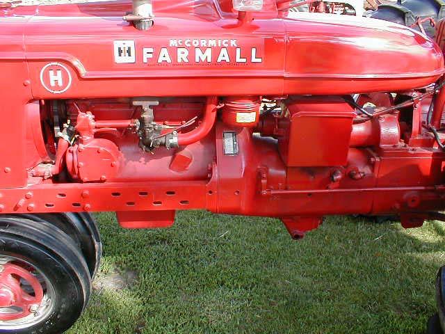 Farmall H Engines : Restored farmall h tractor for sale