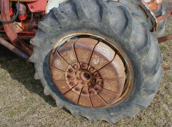 Used Tractor Wheel Weights : Ford tractor rear wheel weights bing images