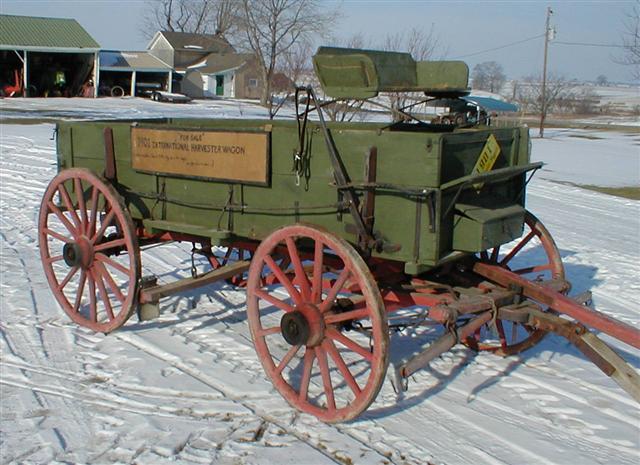 Antique International Harvester Wagon : Mccormik deering wagon wooden