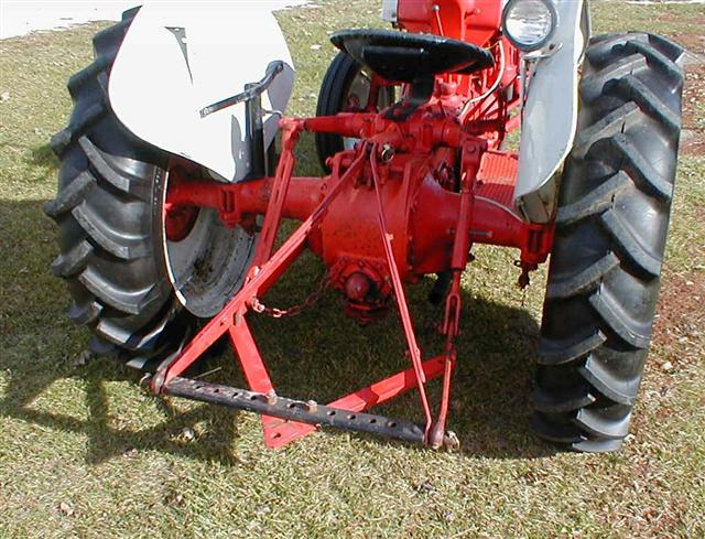 Ford 8n Hitch Bar : Classic ford n tractor for sale with point hitch