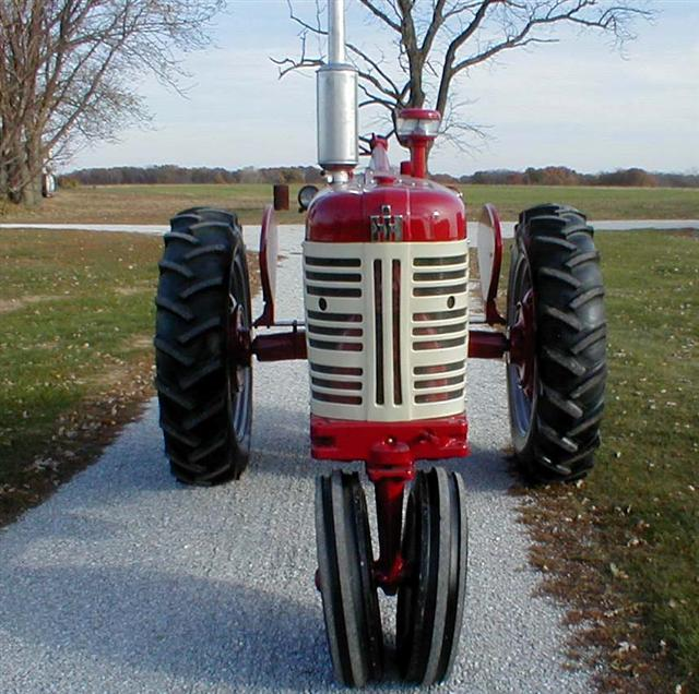 Restored Farmall 450 Diesel Tractor With Power Steerting