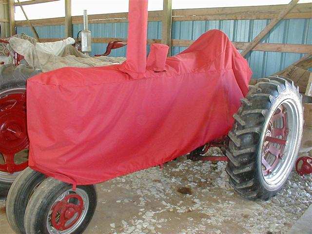 Red Tractor Plate Outlit : Farmall tractor cover for sale