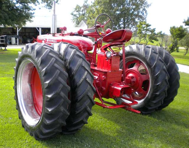 M Farmall Hubs : Farmall spin out rear rims and tires for sale