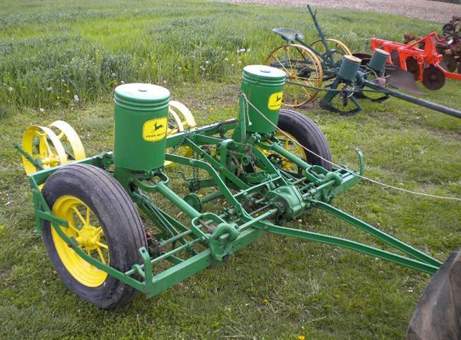 1940-1950 era John Deere Model 290 corn planter. Has tractor/4 wheeler ...