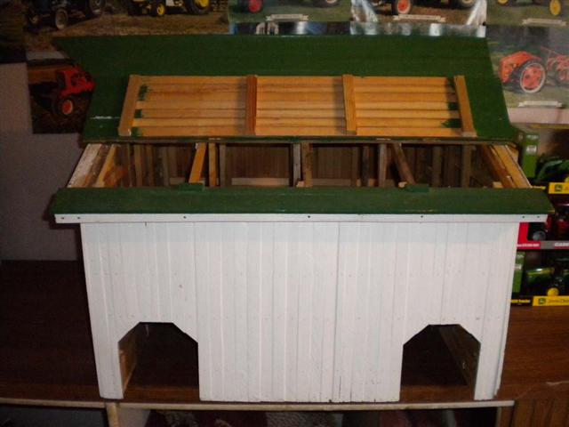 Toy Tractors For Sale >> Wooden Toy barn for sale