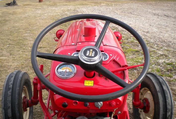 Tractor Steering Wheel Console : Farmall utility tractor for sale