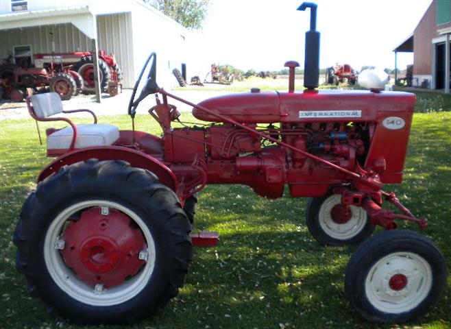 Farmall 140 Tractor : Farmall tractor for sale