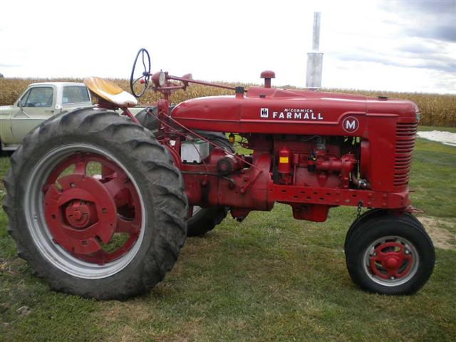 Side Picture Of Tractor : Farmall m tractor for sale