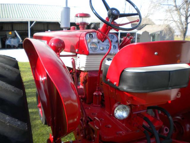 Seat For Farmall Tractor : Farmall diesel tractor for sale