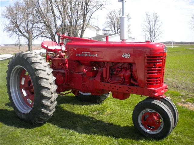 Farmall 400 Tractor : Farmall tractor for sale
