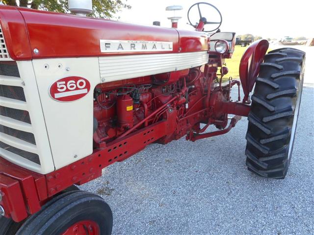International 560 Fenders : Farmall tractor for sale