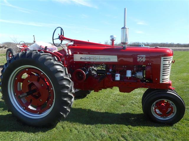 Tractors Hooked Together : Farmall fast hitch parts tractor engine and