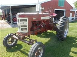 farmall 400 with 450 paint scheme: strong running engine, working ta, power  steering, live pto, 12 volt electrical system, 3 remotes, 3pt hitch,