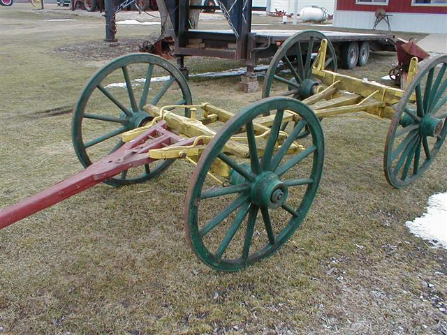 Old Wagon Gears : Wagon gear with wooden wheels for sale