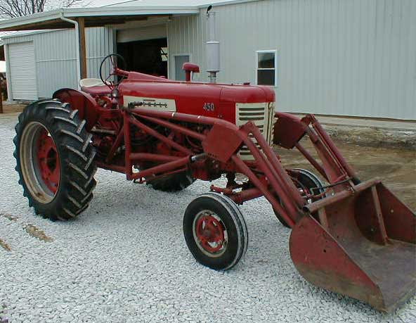 Farmall Tractor With Loader : Farmall tractor with loader